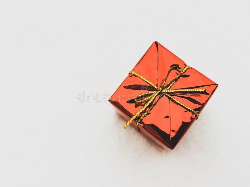 配件箱礼品查出的白色 免版税图库摄影