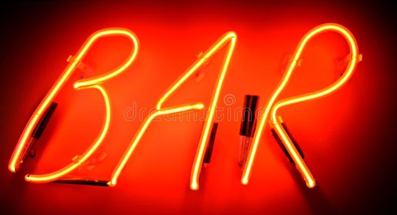酒吧霓虹灯广告 免版税库存图片