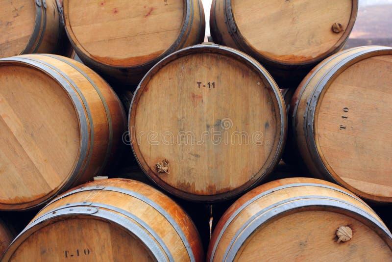 酒或威士忌酒木桶 免版税库存图片