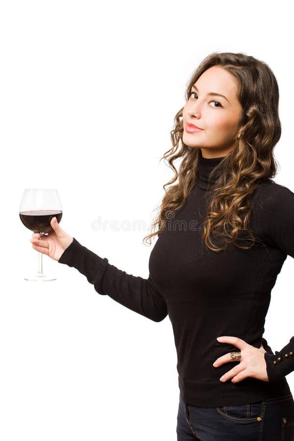 酒抽样浅黑肤色的男人。 免版税图库摄影