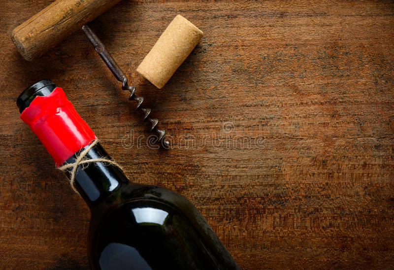 酒瓶和拷贝空间 免版税库存照片