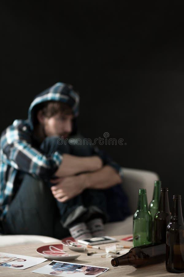 酒精和药物在家 免版税库存图片