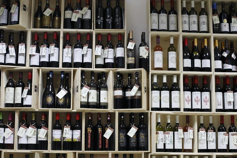 酒精部门超级市场酒 免版税图库摄影