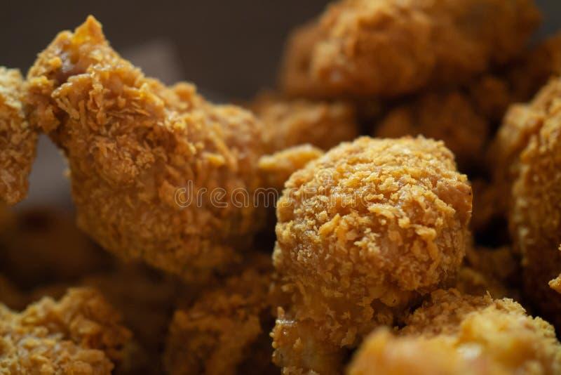 酥脆炸鸡;接近的和选择聚焦 库存照片