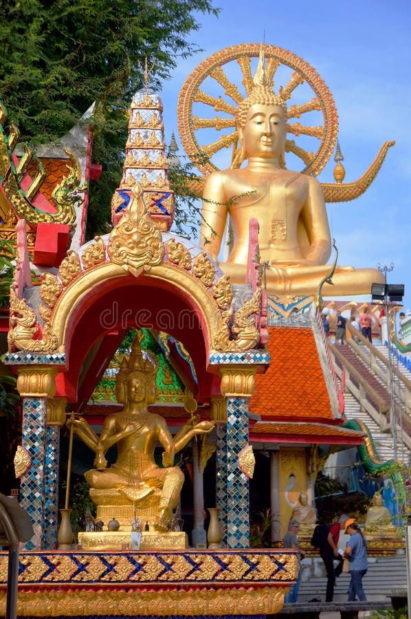酸值苏梅岛,泰国,大金黄菩萨雕象,大菩萨 图库摄影