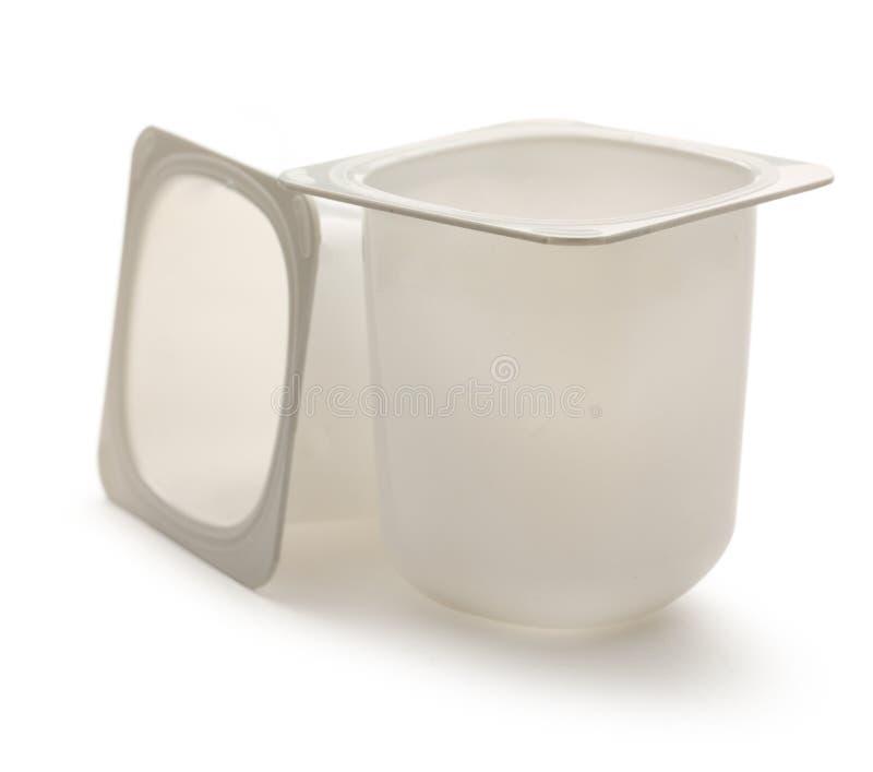 酸奶罐 免版税库存照片