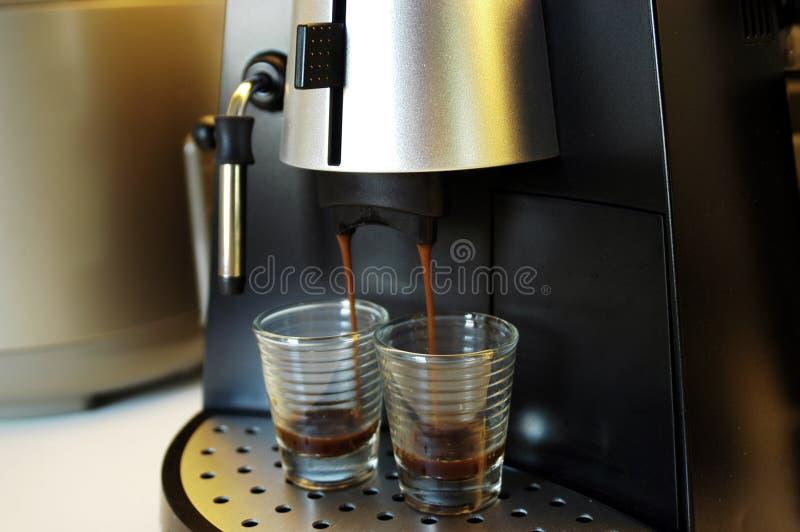 酿造浓咖啡 免版税库存图片