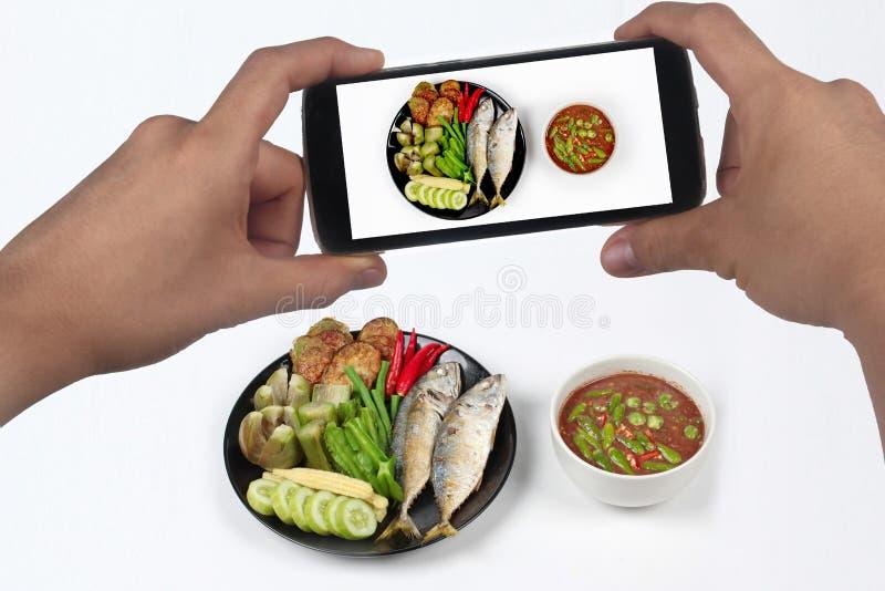 采取照片辣虾酱垂度& x28; Nam Prik Kapi在Thai& x29; 免版税库存图片