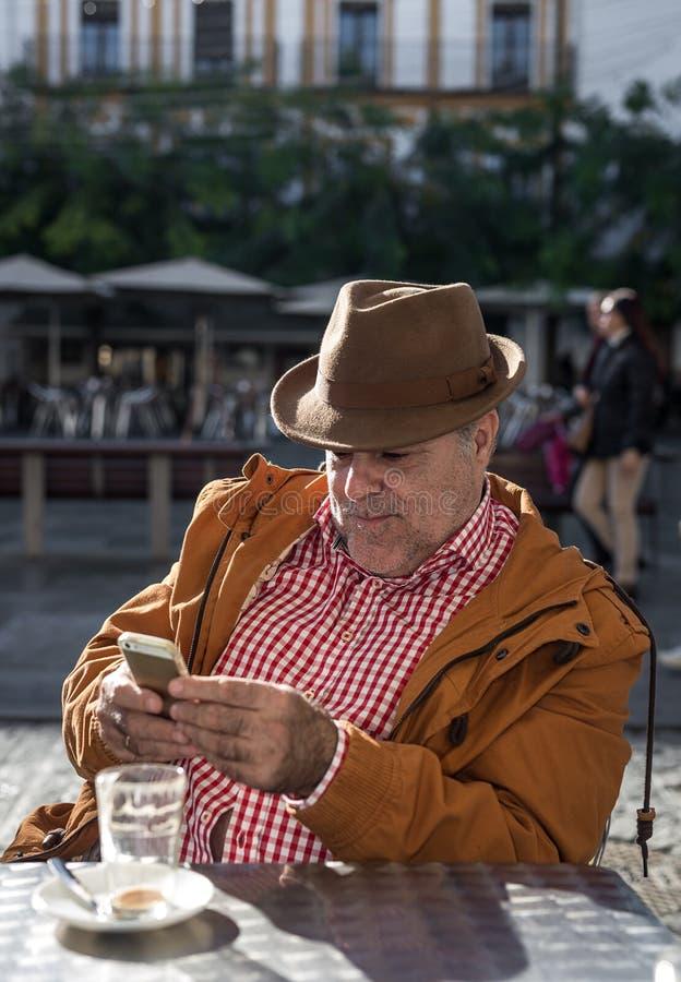 采取selfie的50岁的人 库存图片