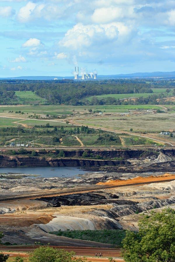 采煤开放剪切的最小值 库存图片