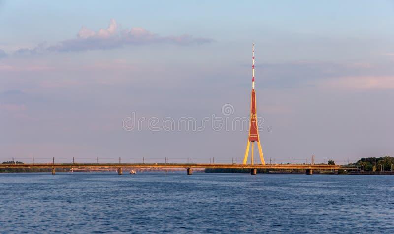 里加电视塔-拉脱维亚看法  免版税库存照片