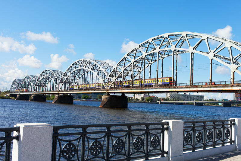 里加铁路桥,拉脱维亚。 库存图片