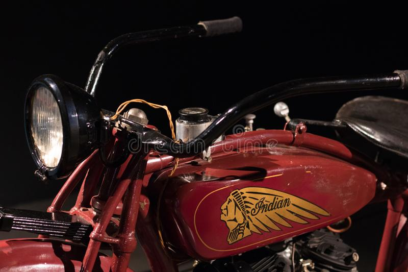 里加,拉脱维亚- 2018年8月:印度美国摩托车公司老模型在里加马达博物馆 免版税库存照片
