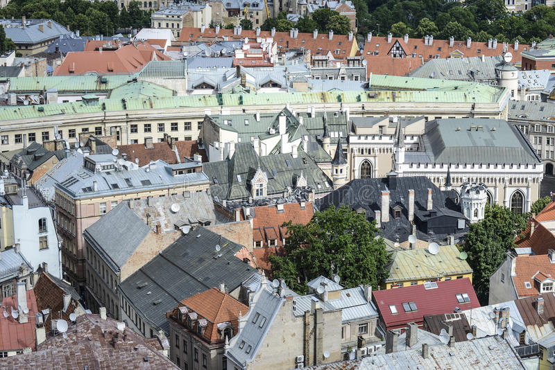 里加,拉脱维亚,欧洲,从圣皮特圣徒・彼得教会的塔的看法  库存照片
