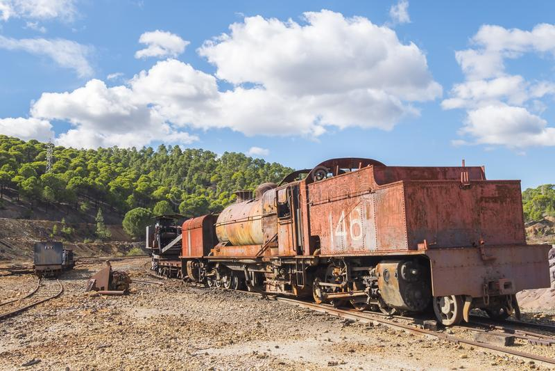 里奥廷托老矿的遗骸在韦尔瓦省西班牙 免版税库存照片