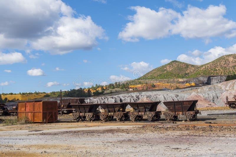 里奥廷托老矿的遗骸在韦尔瓦省西班牙 免版税图库摄影