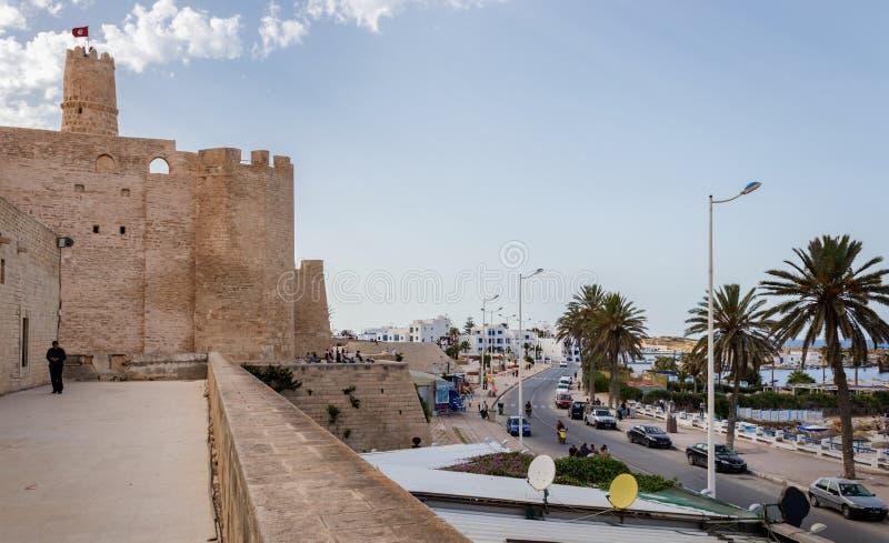 里巴特Hartema堡垒-其中一种莫纳斯蒂尔的主要吸引力 这是保护城市的一个强有力的防御组织从 免版税库存图片