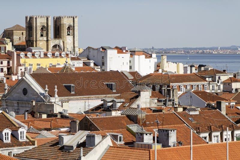 里斯本和Se大教堂屋顶  库存图片