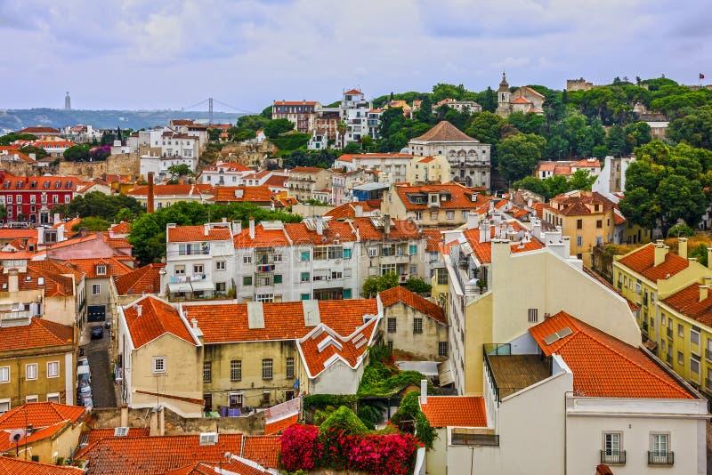 里斯本市住房视图,葡萄牙 免版税库存照片