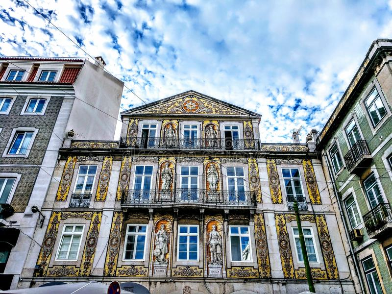 里斯本市惊人的欧洲建筑学 免版税库存照片