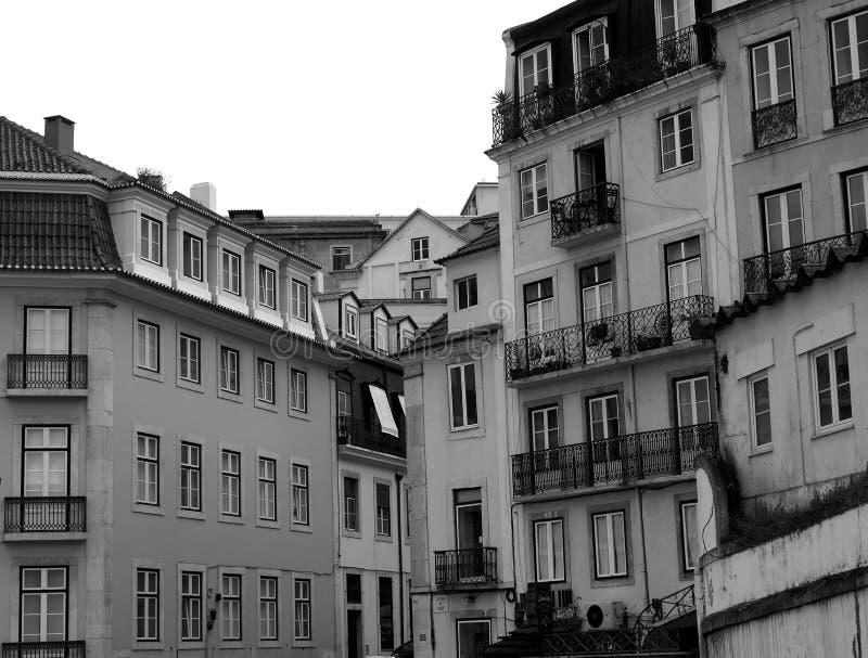 里斯本葡萄牙都市风景有许多传说上有名公寓的 免版税图库摄影