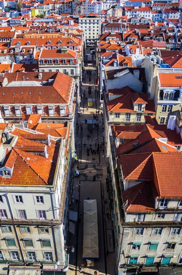 里斯本,葡萄牙看法从圣诞老人Justa电梯的 图库摄影