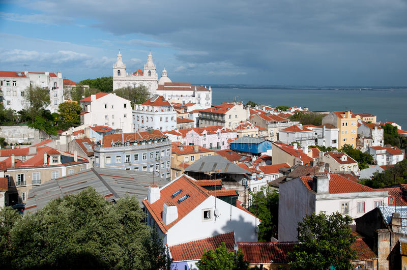 里斯本,葡萄牙,在老sity的看法 库存图片