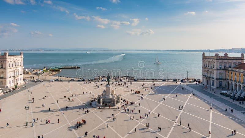 里斯本,葡萄牙 从观察台的全景商务正方形的 图库摄影