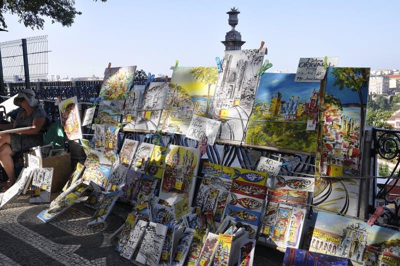 里斯本,7月14日:Miradouro Alcantara艺术展位于里斯本基亚多区 免版税图库摄影