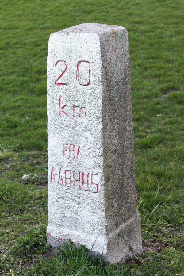 里程碑从奥尔胡斯的20公里 库存图片