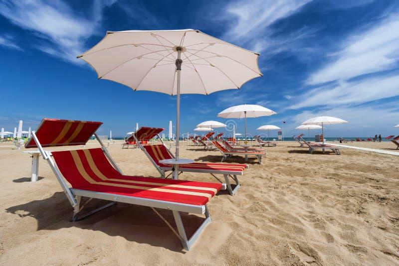 里米尼和Riccione海滩。伊米莉亚罗马甘,意大利 免版税库存照片