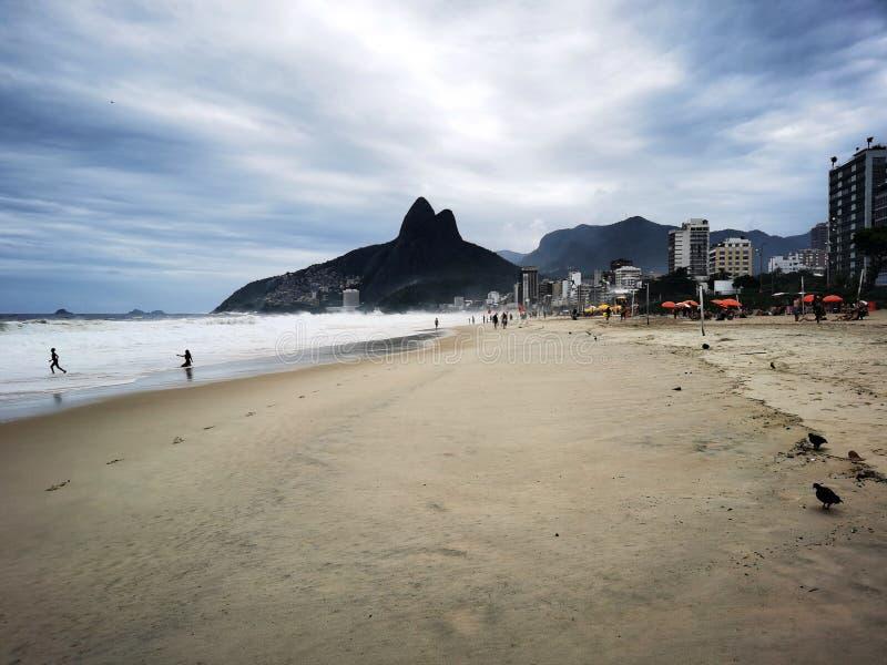 里约热内卢伊帕内马海滩 免版税库存照片