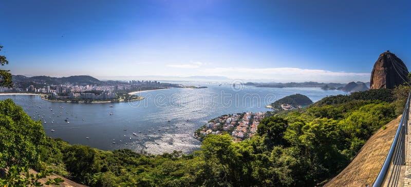里约热内卢- 2017年6月19日:里约热内卢全景从糖面包山,巴西的 免版税库存照片
