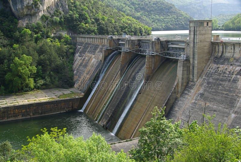 里约Ebro Embalse de Sobron 03 免版税库存图片