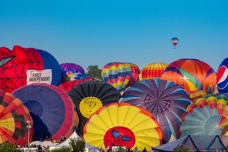 里诺气球种族 免版税库存图片