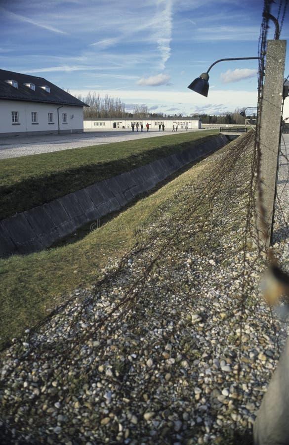从里边看法达豪集中营纪念品 免版税库存图片