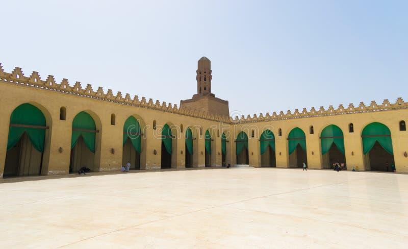 里面Al hakim清真寺在开罗埃及 免版税图库摄影