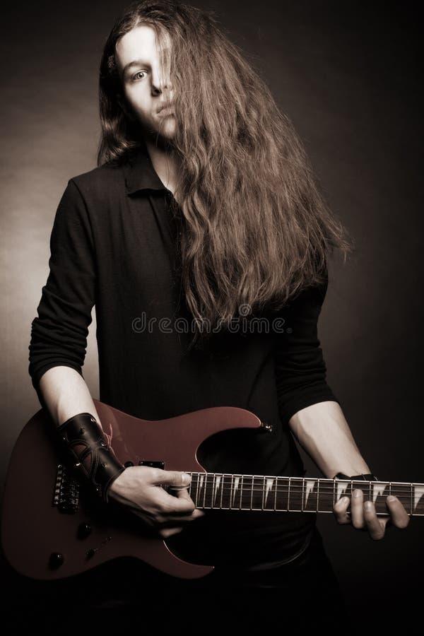 重金属的吉他弹奏者 图库摄影