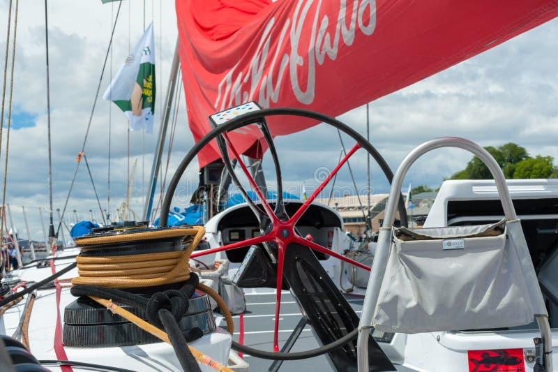 野燕麦XI 11破纪录的胜利在霍巴特游艇况赛的悉尼-科技目前进步水平最大,轮子 免版税库存图片