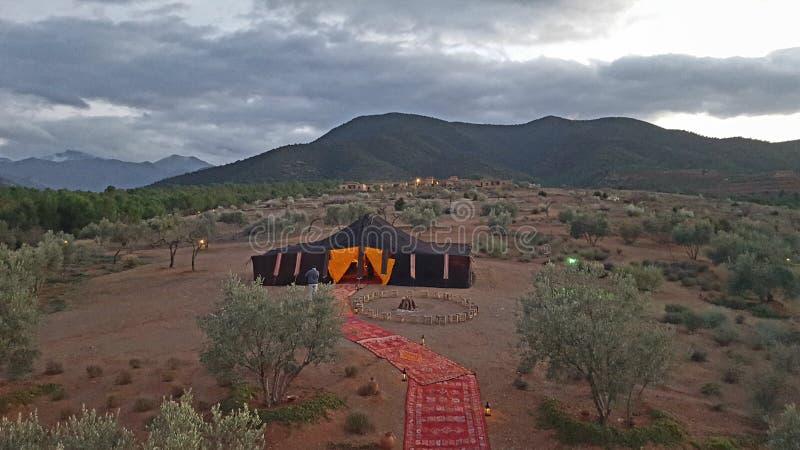 野营在摩洛哥山 免版税库存照片