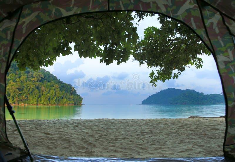 野营在海滩在surin海岛,泰国 库存图片