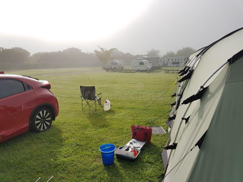 野营在英国 免版税库存照片