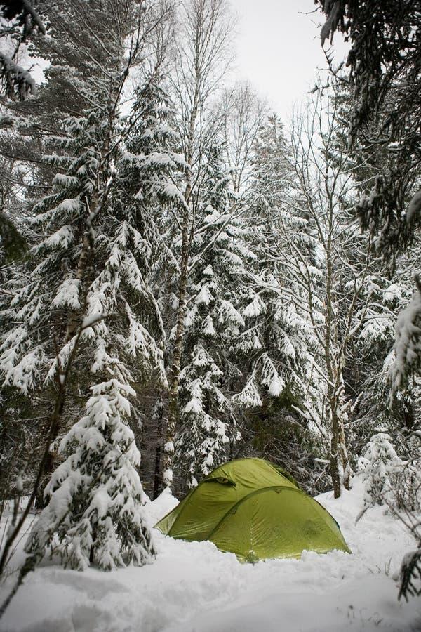 野营的冬天 免版税库存照片