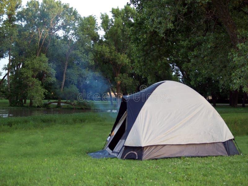 野营的场面 免版税库存照片