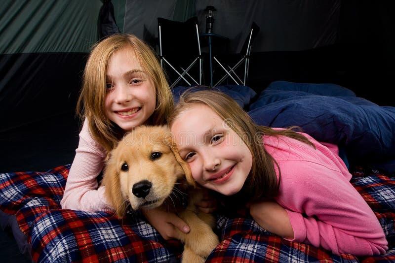 野营的孩子 免版税库存照片