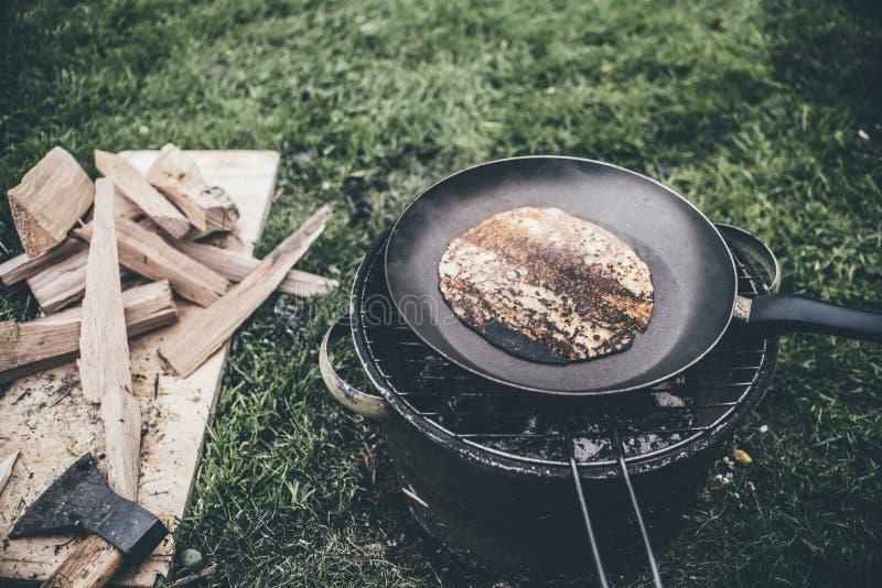 野营的食物 免版税库存图片
