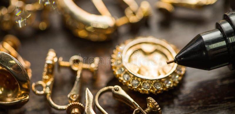 金刚石测试器宝石选择器宝石LED显示 免版税图库摄影