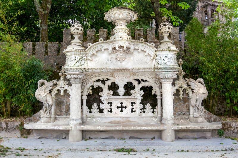 金塔da Regaleira宫殿在辛特拉,里斯本,葡萄牙 免版税库存图片