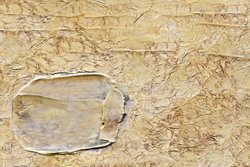 金子与金冲程的被弄皱的背景 库存照片
