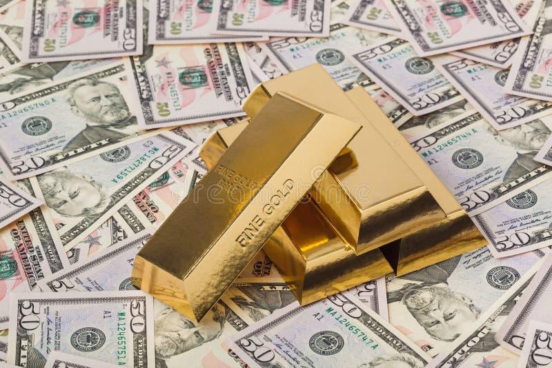 金子和金钱企业背景 免版税库存照片